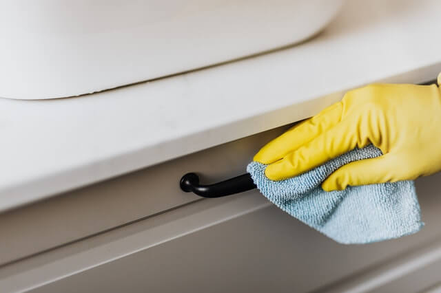 Our Guide to Cleaning Your House: 4 Factors to Consider